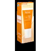 Crème teintée solaire Avène SPF 50+ - Tube pompe 50 ml